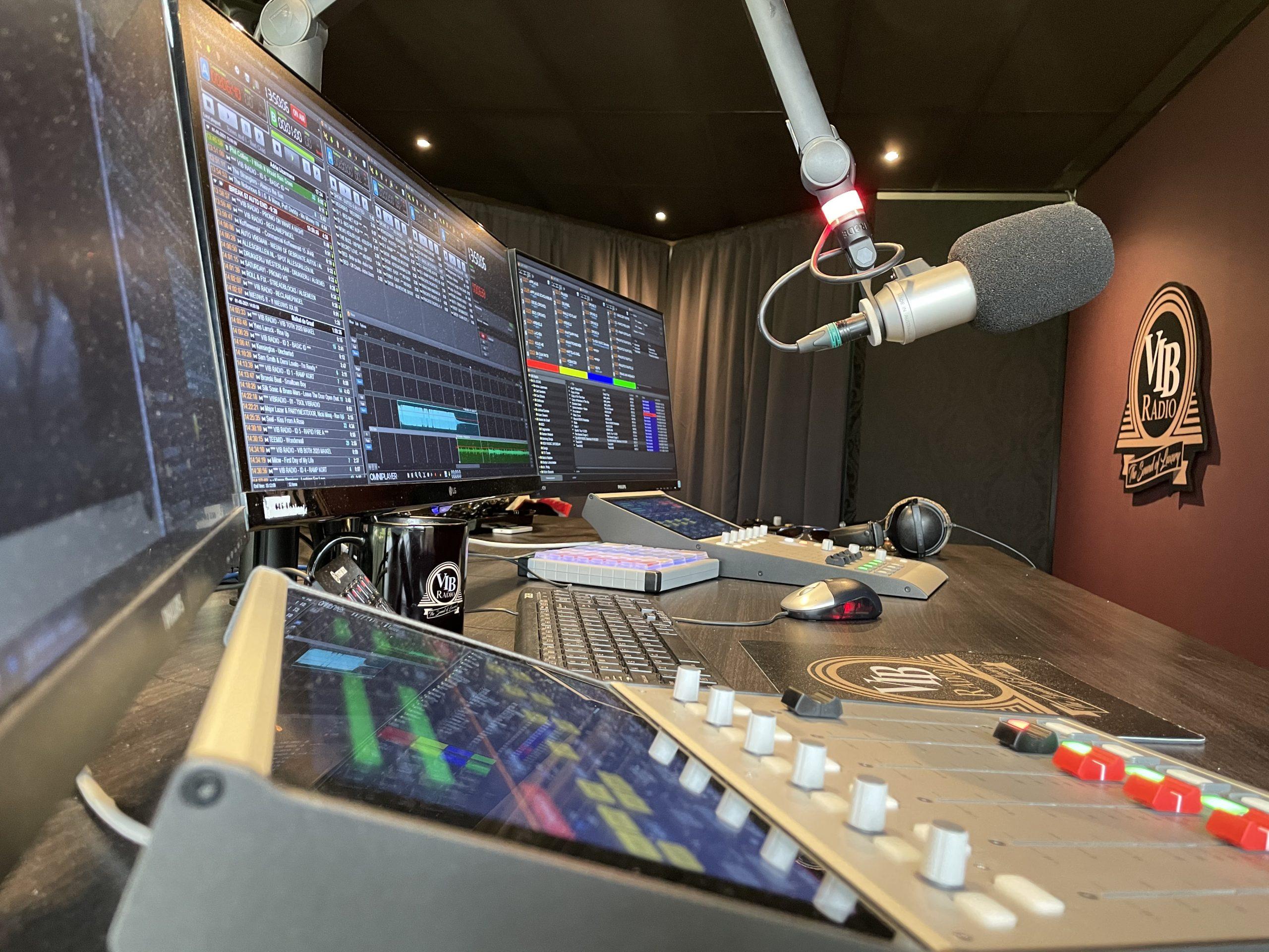 Mancave (studio) - VIB Radio